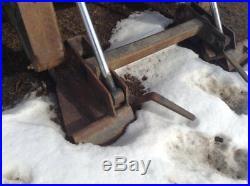 05 New Holland LT185 Skid Steer Manual Quick Coupler, OEM# 866D1599