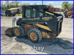 1998 New Holland LX885 Skid Steer Loader with Cab & 2 Speed Only 2900 Hours