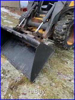 2012 New Holland L223 Skid Steer Loader High Flow Aux Override Controls