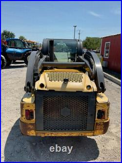 2012 New Holland L225 Skid Steer Loader with Cab Clean Machine