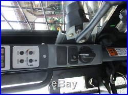 2015 New holland L228 Skid Steer Cab Air Heat 2Speed