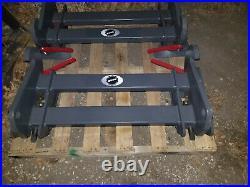 BUDD JD Deere 244J 244k 324k 344k Compact Wheel Loader Skid Steer adapter mount