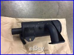 Muffler fits LS160 LX565 L160 New Holland skid steer, NEW, OEM 86527336