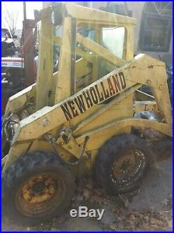 NEW HOLLAND L325 SKID STEER SKIDLOADER skid-steer loader