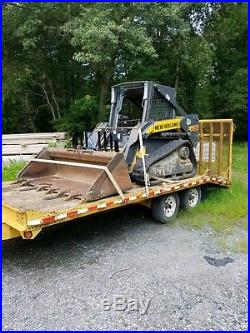 New Holland C175 Tracked Skid Steer LOW HOURS with bucket and forks