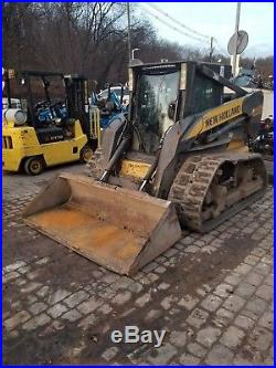 New Holland L185 Skid steer