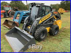 New Holland L228 Skid Steer Cab and A/C 404 Hours High Flow
