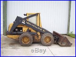 New Holland L783 Skidsteer loader skid steer bucket