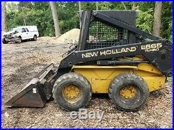 New Holland Lx665 skid steer loader runs well