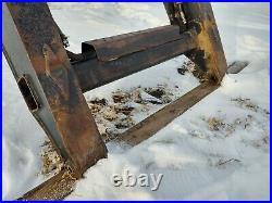 New Holland Lx865, Lx885 Skid Steer Boom Very Good Condition, No Cracks