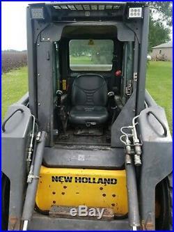 New holland L175 skidloader high flow 1900 hours