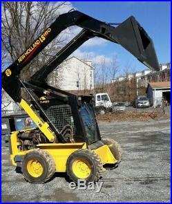 Skid loader Good Condition Regularly Maintained-One Owner Enclosed Cab 3530 hrs
